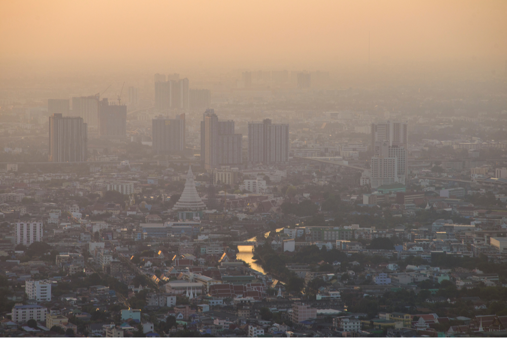 Dust exceed the standard value of Bangkok PM2.5 Photochemical Smog