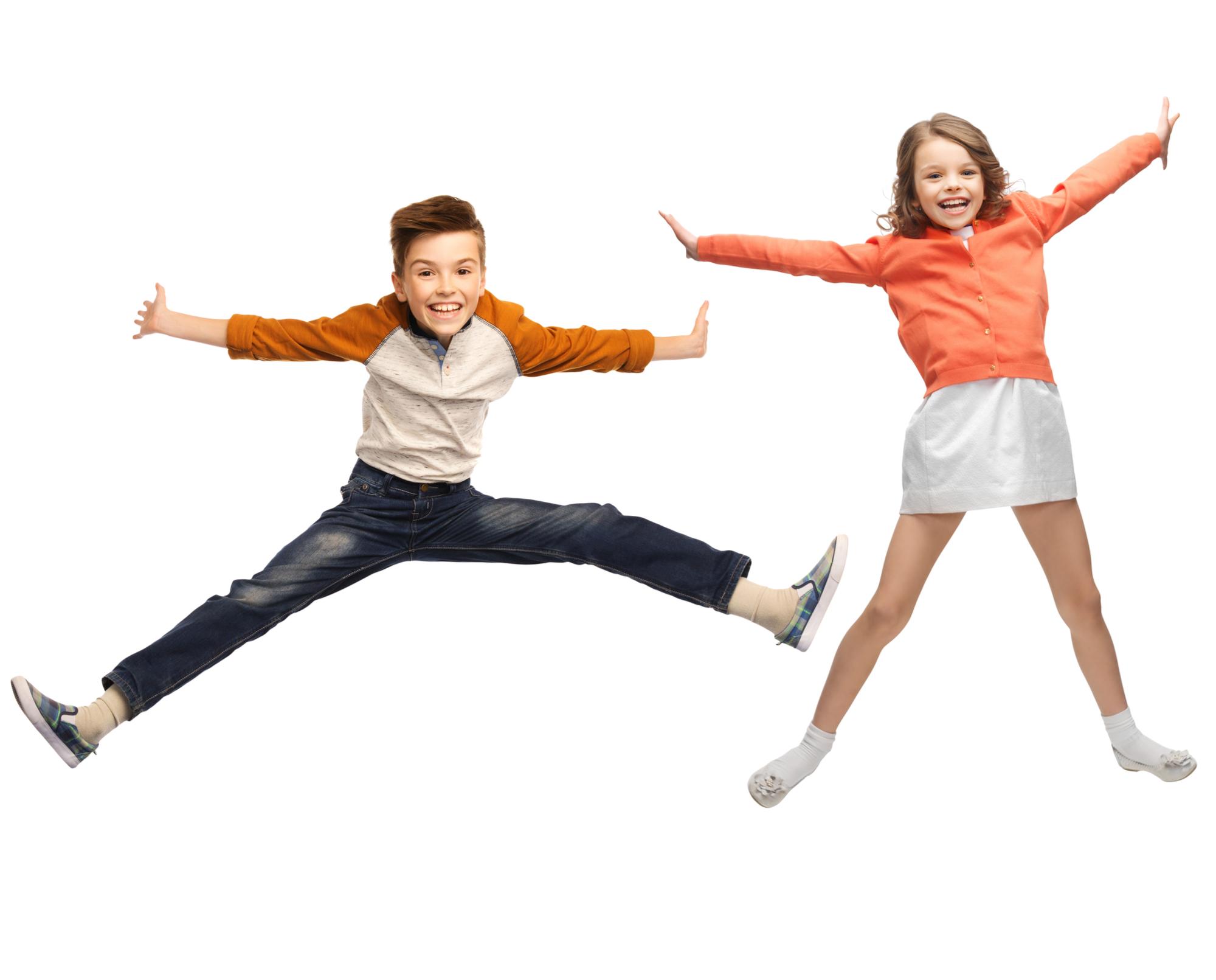 Feliz - infância - crianças - liberdade - movimento - pessoas - humano